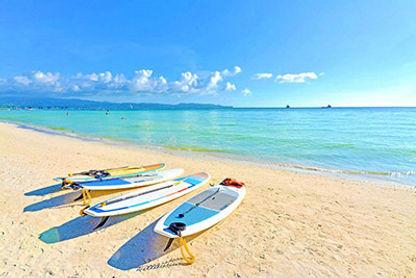 Boracay boats.jpg
