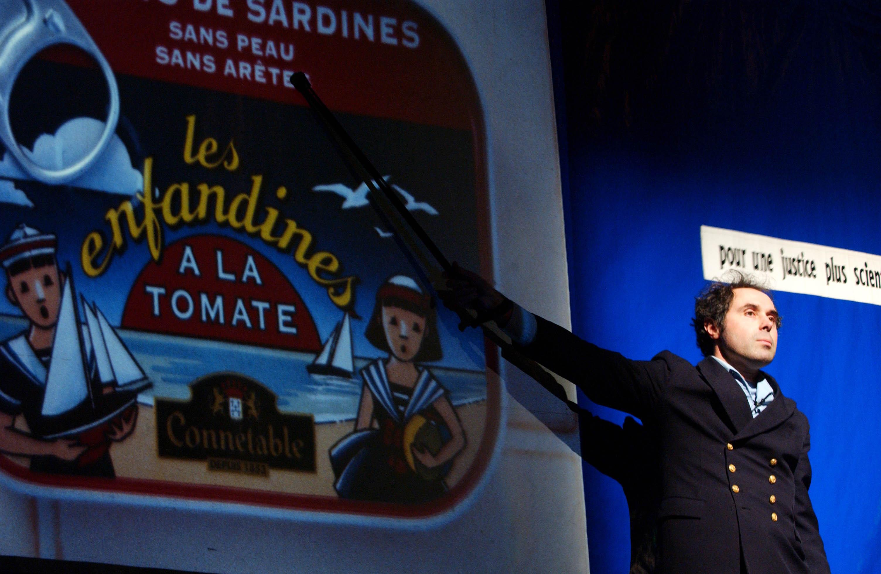 SANKA_L_affaire_sardines_Thierry_Mezerette_90_300dpi