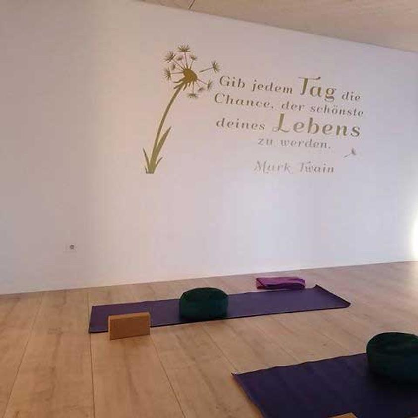 Tauche ein in die Welt des Yoga (Aug/Di)