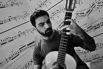 Pasquale Micieli_foto chitarra.jpg