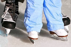 how_to_teach_a_toddler_to_ice_skate (3).jpg