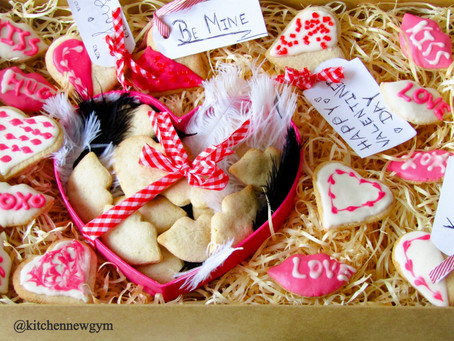 LOW CARB VALENTINE'S DAY SUGAR COOKIES