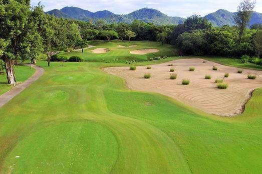 Golf-Course-7-768x511.jpg