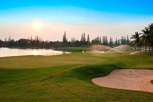Golf-Course-3-768x511.jpg