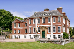 Pynes House.png