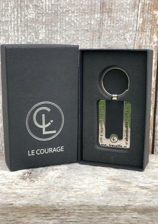 "Porte-clés homme en acier inoxidable ""Courage"""
