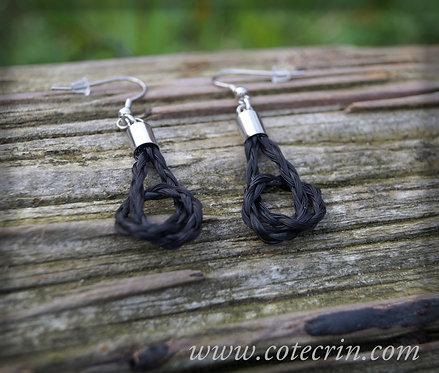 Boucles d'oreilles nouées