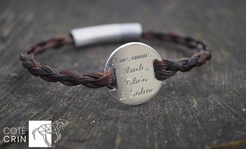 Bracelet avec plaque en argent gravée
