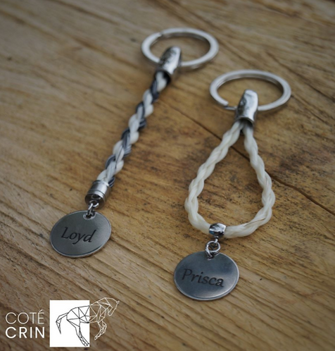 Porte clé avec médaille d'acier gravée