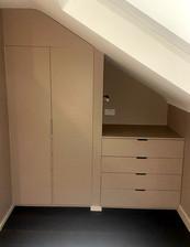 Under eaves wardrobe, N8