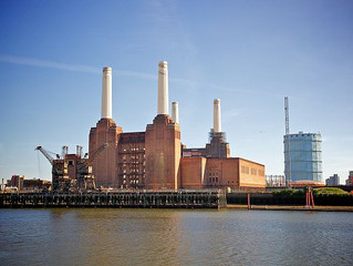 VIDEO: Renovation of Battersea Power Station's Iconic Chimneys