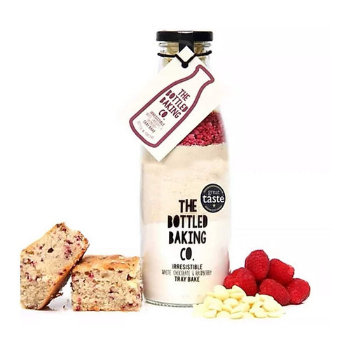 Irresistible White Chocolate & Raspberry Tray Bake GREAT TASTE 2017