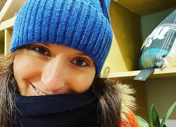 Het Wlan Las Miss Sparrow Blue Woolly Hat
