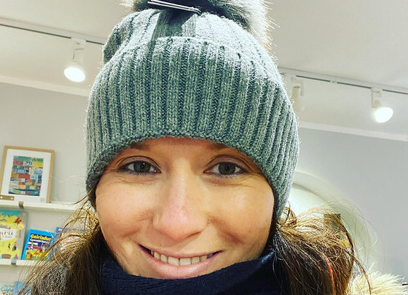 Het Wlan Llwyd Miss Sparrow Grey Woolly Hat
