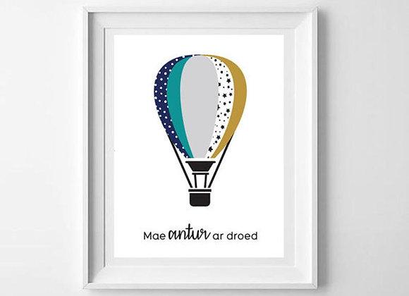 Print Balwn Gwyrdd - Mae antur ar droed/ Green Balloon - Adventure awaits