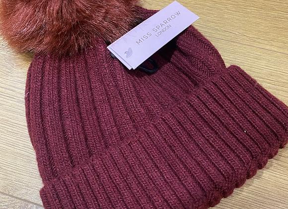 Het wlan coch tywyll Miss Sparrow dark red bobble hat