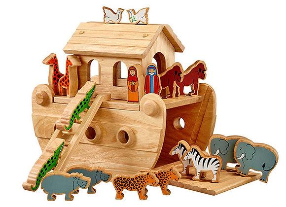 Arch Noa naturiol gyda anifeiliaid lliw/Natural Noah's ark with coloured animals