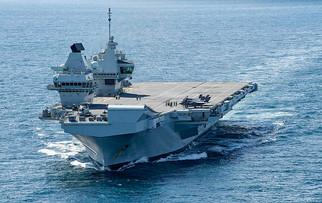 800px-HMS_Queen_Elizabeth_(R08)_underway