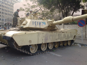Egyptian_Tank_in_the_streets_of_Cairo,_F