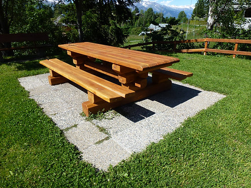 "Table modèle ""Balavaux"""