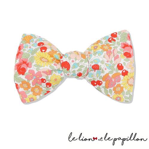 Noeud papillon fraises, cerises et fleurs