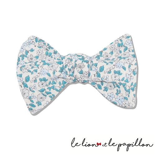 Noeud papillon fleurs bleues