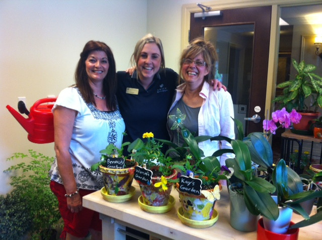 Spring time fun creating decoupage pots for summer flowers!