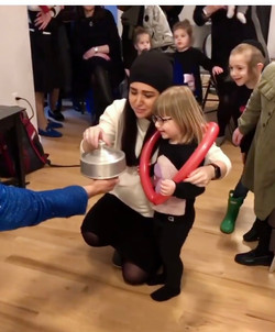 Miriam Jewish with Mom opening pan