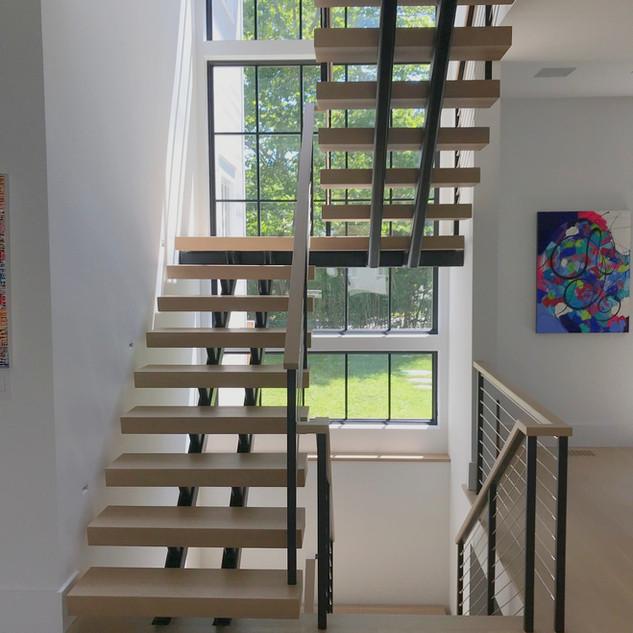 7. Southampton village - Interior