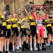 Roglič encabezó un reparto diverso en la Vuelta