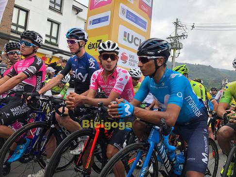 Froome y Nairo en la salida etapa 6