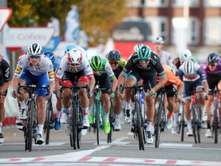 Bennett relegado, Ackermann ganador de etapa