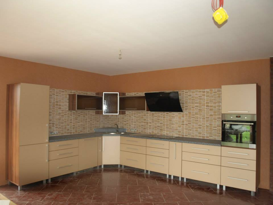 Kitchen 30