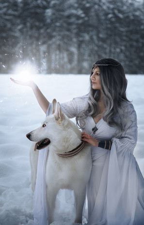0WolvesAndTales_Winter_20.jpg