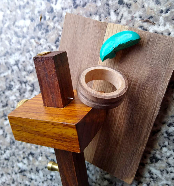 Inlaying Turquoise
