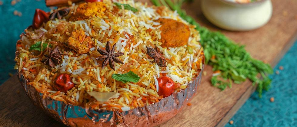 Murgh Makhani Dum Biryani (Boneless) ( Chef's & E.I.B Special )