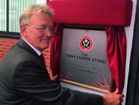Tony Currie puts pen to paper with Vertical Editions