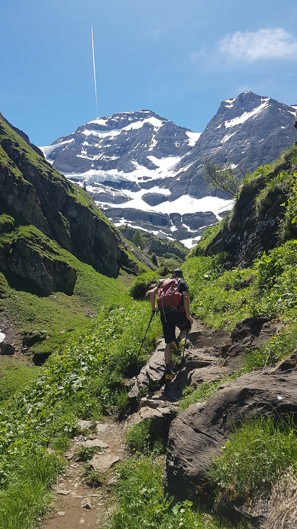An early retirement day hike in the Alps