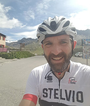 Retire Early Travel - Cycling up the Stelvio Pass in Italy