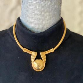 Vintage Medalion Necklace