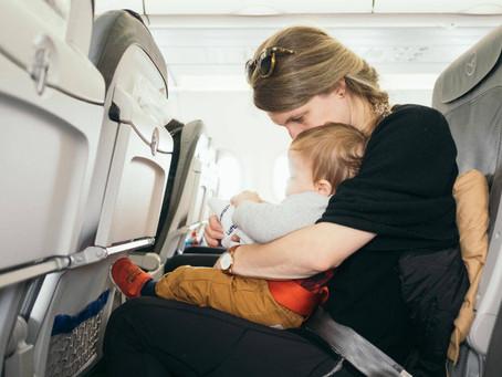 Planificarea zborului: ce trebuie sa stii atunci când calatoresti cu un bebelus
