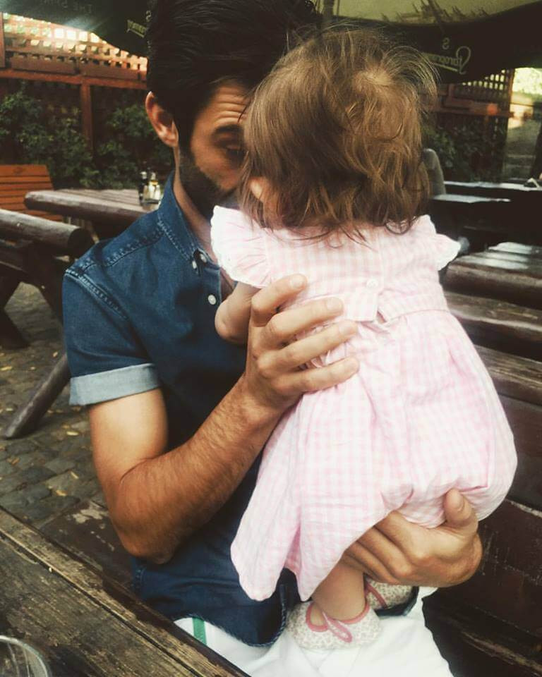 Actorul Paul Ipate: ''Sufletele părinților sunt dependente de copii''