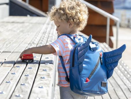 Cum alegem ghiozdanul potrivit pentru copiii mici