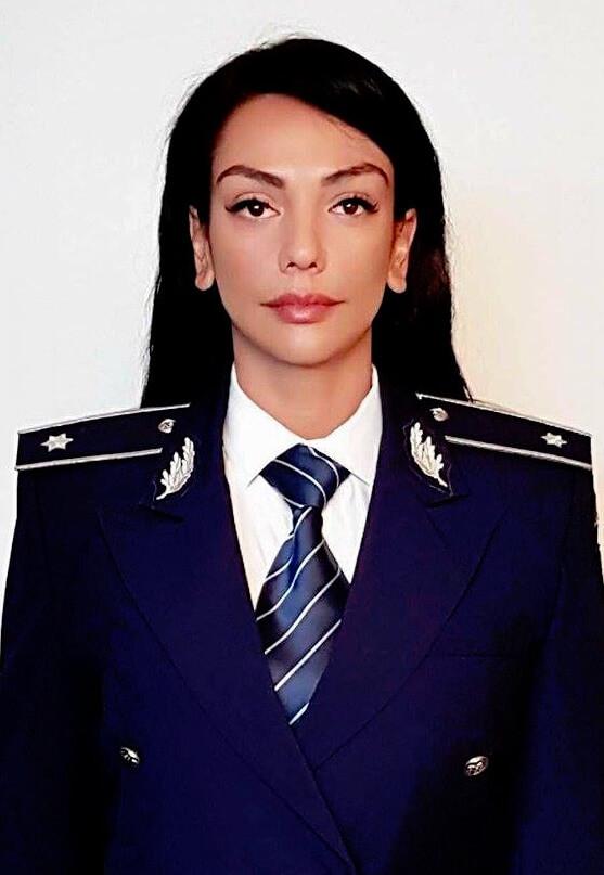 Irina Drăgan - lucrează în Ministerul de Interne și este cea mai frumoasă femeie în uniformă din lume