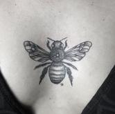 Bee by Nika