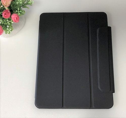 iPad Pro 11' and 12.9' Foldable Magnetic Casing in Black