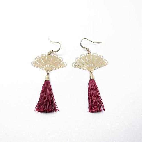 Aria Oriental Gold Fan (Red Tassel)