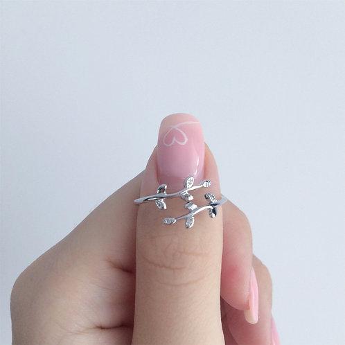 Zoey Leaf Ring (adjustable)