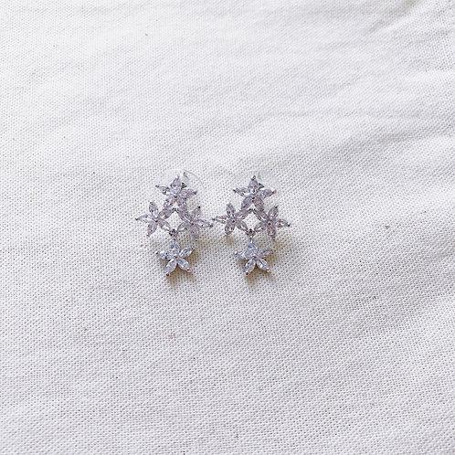 Xiola Glittered Studs