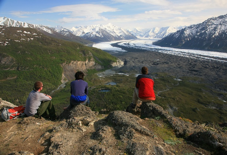 6-Hiking-in-Alaska-Denali-National-Park